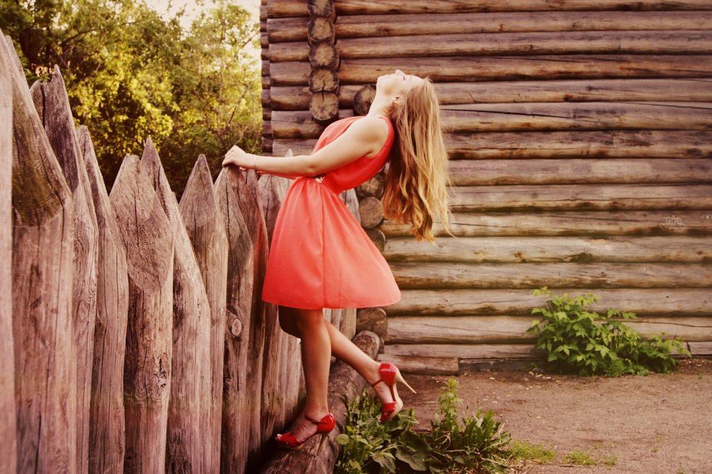 風水って服の色も関係する?金運アップを狙える運気が上がる服コーデ