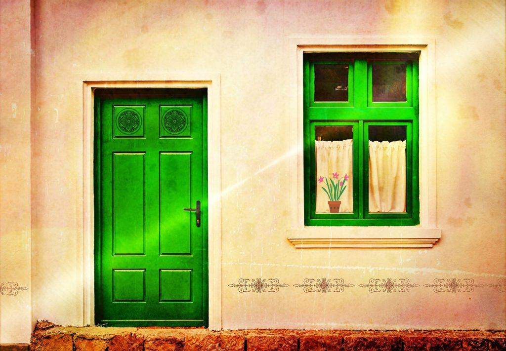 玄関の芳香剤の最適な置き場所は?匂わない消臭剤おすすめはこれ!
