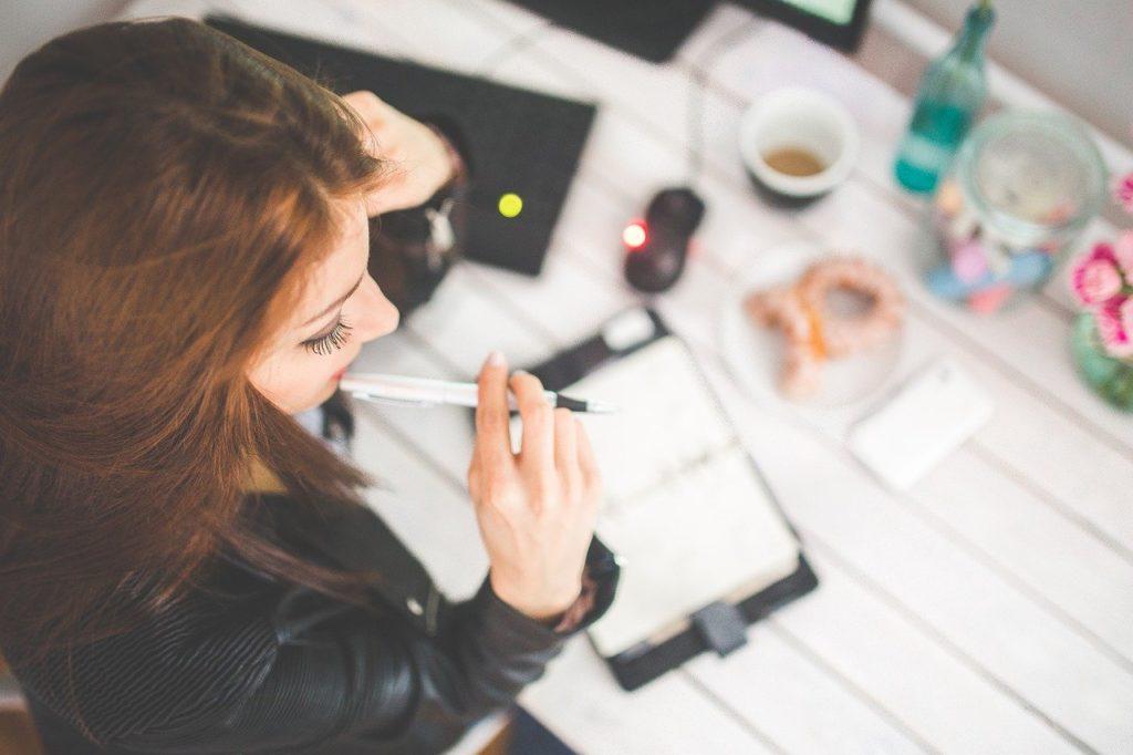 運気を上げる方法~仕事編ベスト3!即効性ある日常の習慣を改善!