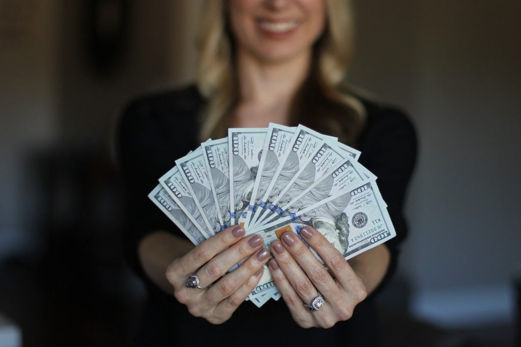 お金が貯まる財布の3つの共通点!色や形やブランドよりも大切なこと!