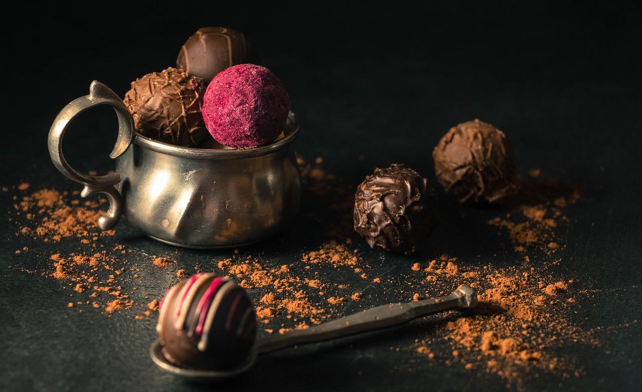 食べ物 チョコレート 血圧 を 下げる